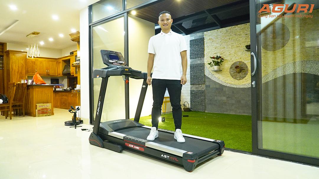 Siêu phẩm máy chạy bộ sắp ra mắt của AGURI được cầu thủ Nguyễn Trọng Hoàng bảo chứng chất lượng